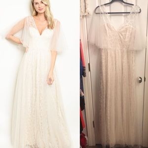 HP😊Ivory Lace Chiffon Tulle Gown NWT